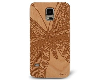 Laser Engraved Tribal Aztec Butterfly Doodle Zentangle inspired Pattern on Genuine Wood phone Case for Galaxy S5, S6 and S6Edge S-036