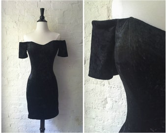 Vintage 1980s Black Crushed Velvet Off Shoulder Short Sleeve Bodycon Mini Little Black Dress - Sz. Small