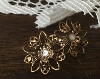 bronze daisy earrings with faux gems