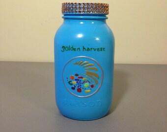 Mason Jar Bank, Spare Change,  Reclaimed Mason Jar, Distressed Mason Jar,  Gift, Quart Mason Jar, Kitchen Decor,