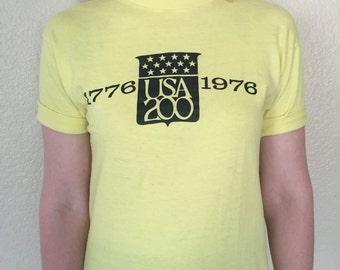 1976 USA 200 United States Bicentennial Vintage T-Shirt VTG America Stars & Stripes