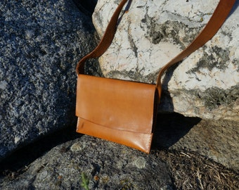 Small Leather Purse, Brown Leather Shoulder Bag, Small Shoulder Bag, Brown Leather Purse, Minimalist Leather Bag