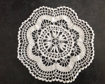 Vintage Crochet Doily White Flower Shape Handmade Craft Hand Sewn Furniture Pad