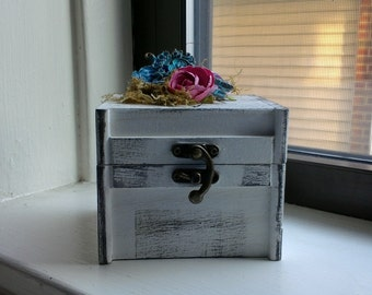 shabby chic earring box