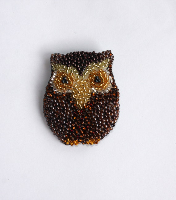 Owl bead embroidered brooch handmade