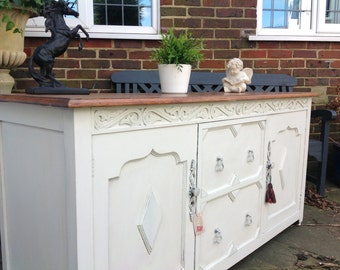 Sold ~~~~ Sold ~~~ Sold Annie Sloan Painted Antique Chic Arts & Crafts Carvedoak Sideboard TV Cabinet Drinks Shoes Cupboard