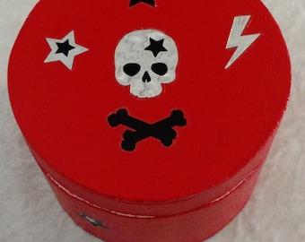 Skelered Round Treasure Box