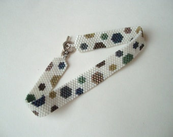 Bead woven bracelet, peyote stitch bracelet, polka dot beaded, neutral colours, white spotted, thin bead bracelet, beadweaving