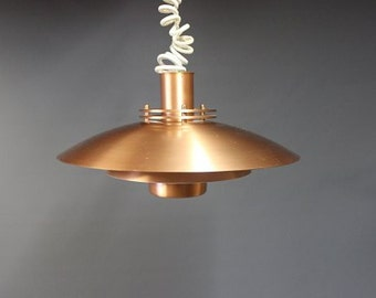 Lamp in copper from the 1970s of Danish design.