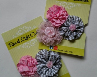 ADORABLE Baby Flower Elastic Headband <<NEW and Ready to ship>>