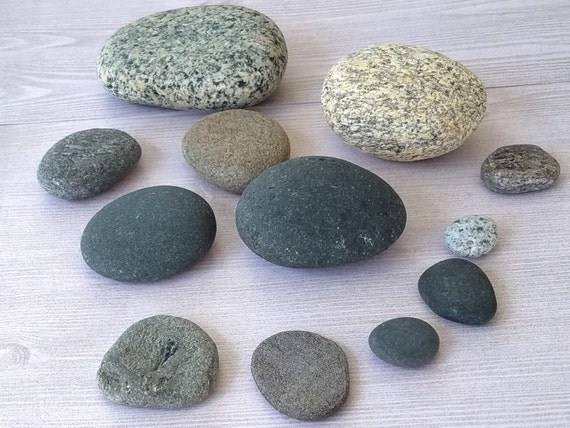 Round beach rocks round stones round rocks beach by for Smooth stones for landscaping