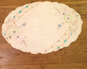 Hand Embroidered Oval Linen Tray Liner / Dressing Table Mat