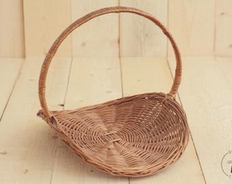 Vintage Woven Flower Basket; Newborn Photo Prop; Posing Prop; Baby prop