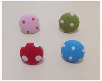 Spotty fabric button ring