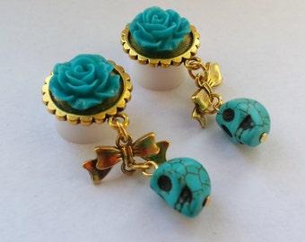 Golden skull turquoise plugs