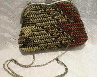 Bag with chain wax