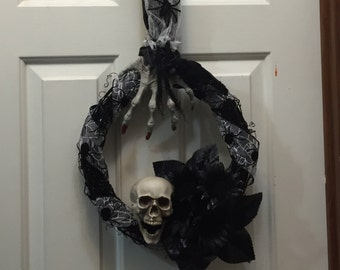 Halloween Wreath, Skull Wreath, Scary Hand Wreath