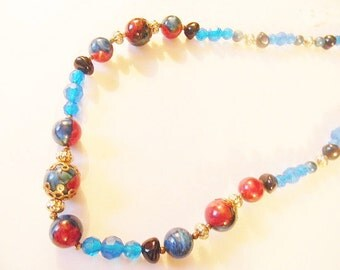 Necklace, Vintage Bead Necklace, Swirl and Glass bead