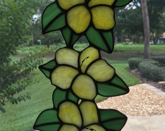 Stained Glass Trio of Hibiscus Flowers, Suncatcher, Yellow
