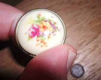 Dress Ring-Circular Retro 1970's-Enamel Floral Design-Copper or Metal