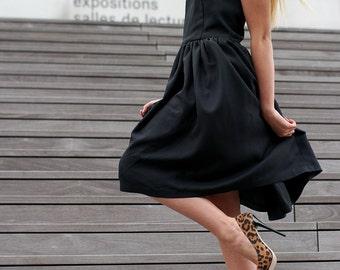 vintage backless black dress