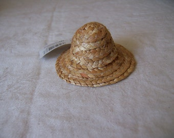 "Lot of 11 3"" Mini Straw Hats for Dolls and Crafts"