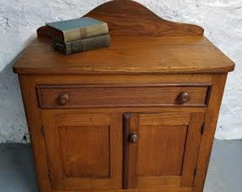 Antique Dresser Cat Litter Box - the Diana model