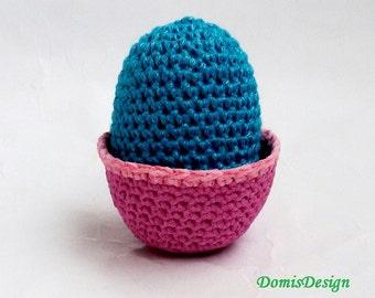 Easter basket with Easter egg Easter Decoration Basket in Candy Pink with Light Pink Border Easter Egg in Blue Gift Idea