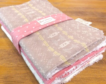 Burp cloths / Set of 3 / Baby shower gift / Cotton / Pink Dots Indian