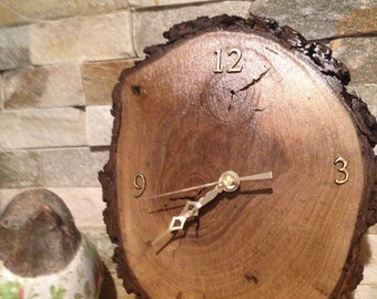 Beauitful black walnut hanging clock  10x8