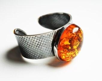 Vintage Natural Baltic Amber Bracelet, 49 g