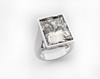 925 Silver ring with Rectangular Stone Cubic Zirconia. Made in Italy.