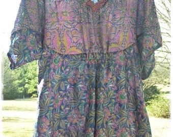 BOHEMIAN SILK HANKY Hem Blouse - Vintage Sari Silk, Gypsy Peasant Top, Hippie-Chic Festival Clothing, Boho Hankie Hem [T-1603]