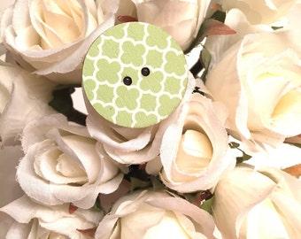 Green Quatrefoil Wooden Button Ring
