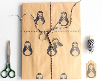 Matryoshka gift wrap set | Hand printed wrapping paper | 1 sheet of paper 70x100cm/27.5x39.5'' | 2 gift tags | 5m/5yd twine