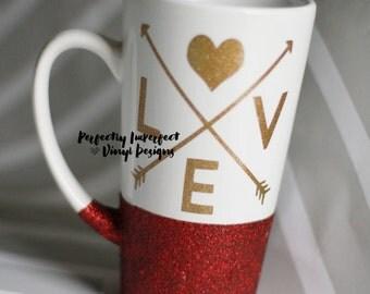 Glitter Mug//Glitter Dip Mug//Love Coffee Mug//Valentine's Day Gift//Glitter Dipped Mug//Wife Gift//Glitter Latte Mug//Coffee Lover Mug