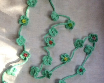 Wool Flower necklace. Hand made