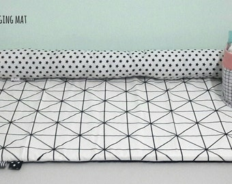 Changing pads | bed bumper | monochrome bedding | babay Changing mat | nursert bedding