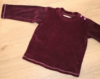 comfortable sweatshirt made of organic cotton velour