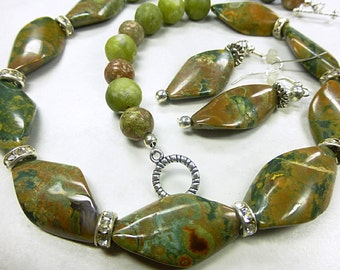 Ryolith stone jewelry set in brilliant combination