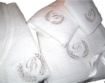 5* Wedding White Set - Bathrobe, Bath Towels with Silver Thread Personalized