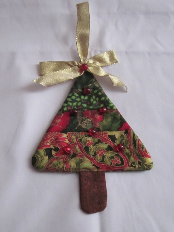 Christmas Tree Ornaments Quilted : Quilted fabric christmas tree ornament