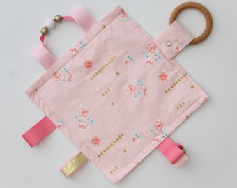Crinkle Blanky, Taggie Blanket, Sensory Activity Blanket, Crinkle Sound Blanket, Teething Toy, Baby Gift, Baby Shower, Baby Blanky