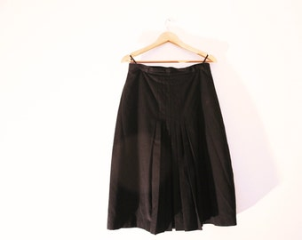 Vintage pleated skirt / 60s black wool midi skirt / A line high waist skirt / size M - L