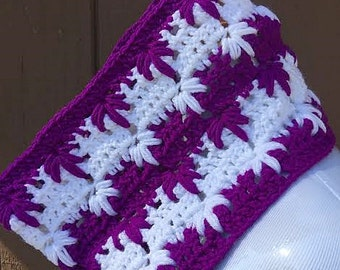 Purple and White Crochet Cowl, Purple Cowl Scarf, Crochet Scarf, Circle Scarf, Crochet Cowl Scarf, Purple Scarf, Small Purple Scarf, Scarf