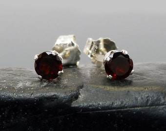 Red garnet earring, round earrings garnet, sterling silver stud earrings 4 mm
