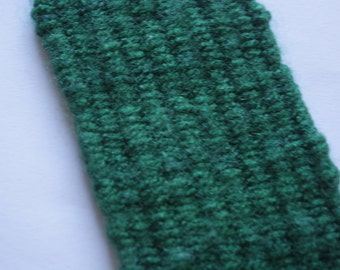 green yarn book mark