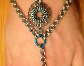 Hand Flower/Slave Bracelet /Chain Maille Hand Flower/Designer/Blue/Silver/Bohemian/BOHO/Bracelet/Ring/Aluminium/Women's Gift Idea/Fashion