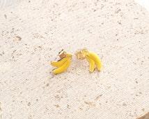 Banana Stud Earring,Banana Earring,Banana Gold Stud,Fruit Stud Earring,Fruit Earring,Small Banana Earring,Tiny Banana Earring Stud