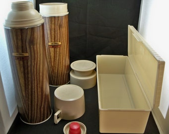Thermos Brand picnic/lunch set with bag